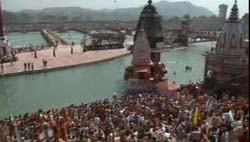 Video from 2nd Shahi Snan at Mahakumbha Mela 2010, Haridwar