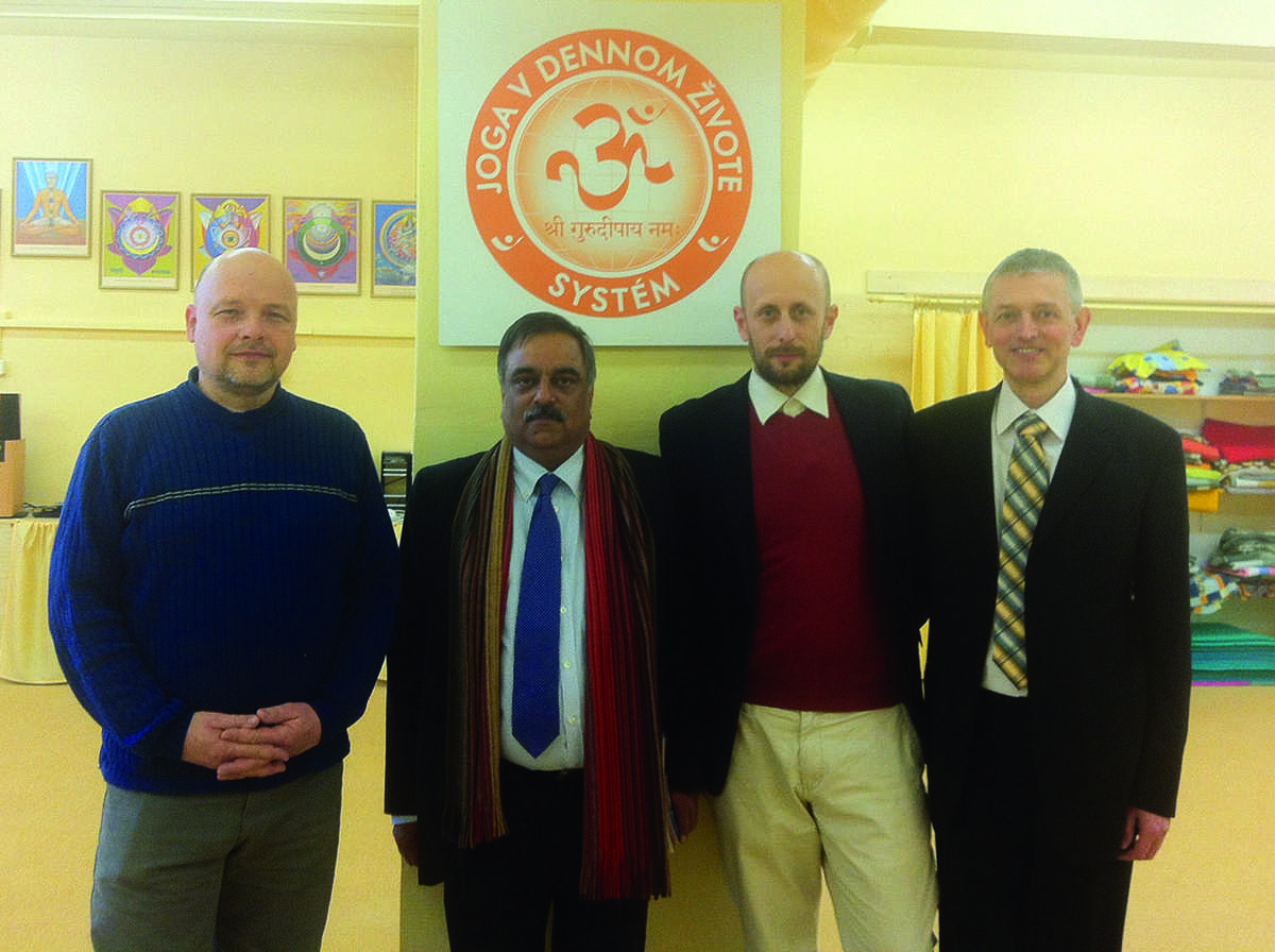 Indian ambassador to Slovakia spent several days with Yoga in Daily Life