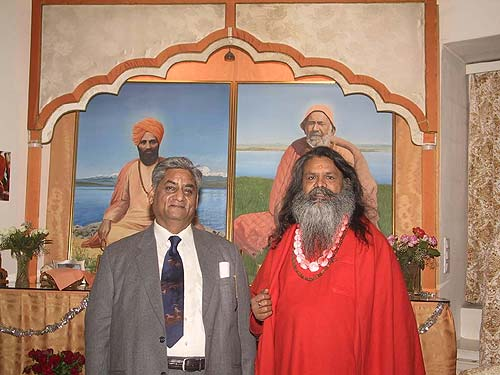 Shree Kothari Ji and Swamiji at the Sri Deep Madhavananda Ashram Vienna