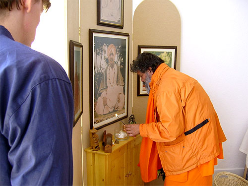 Opening of the Sri Swami Madhavanandaji Ashram in London