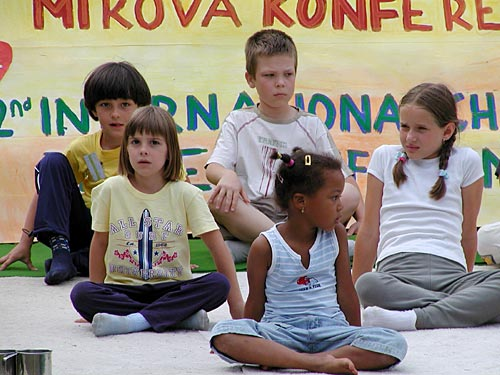 """HOW TO BRING MORE LOVE TO THE WORLD"" (2nd International Children Peace Conference 2004)"