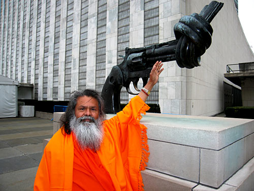 His Holiness Swamiji visits the United Nations HQ in New York